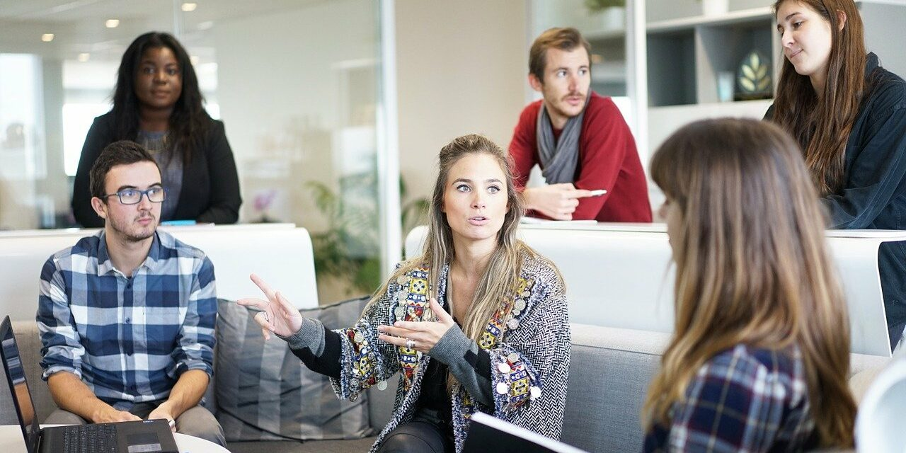 3 Types Of Group Interview Activities & Tasks